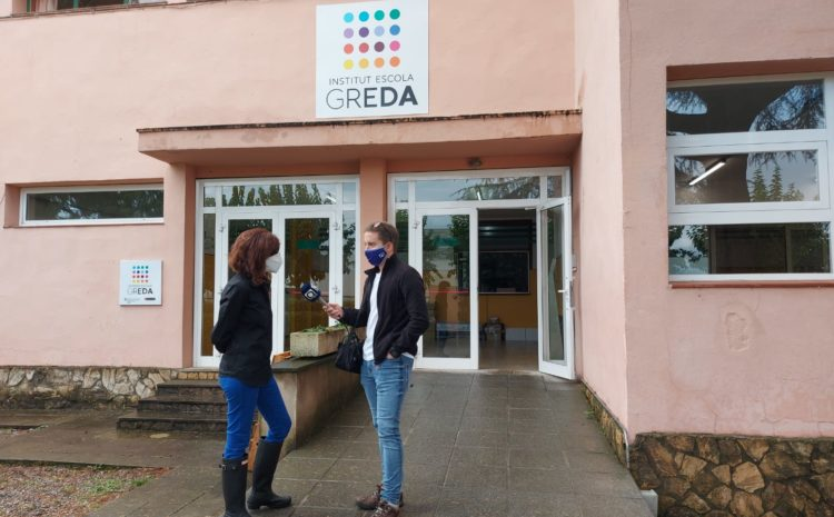 Radio Olot visita les instal.lacions de l'IE Greda