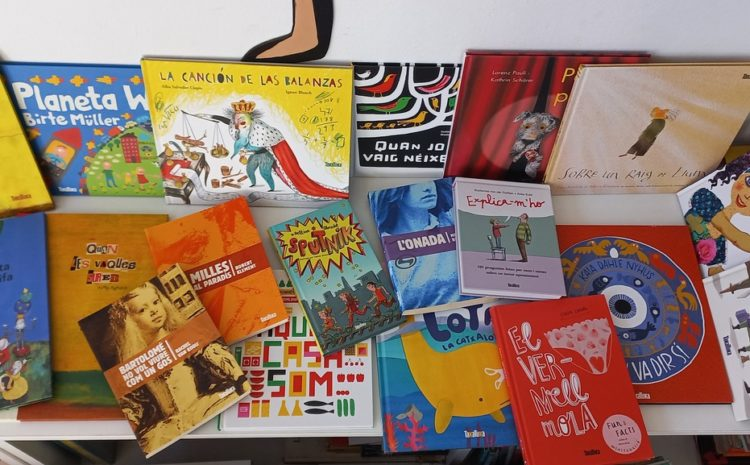 Donació de llibres